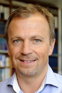 Portrait Prof. Dr. Hirsch